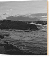 Table Mountain Black And White 2 Wood Print