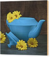 Tea Kettle With Daisies Still Life Wood Print