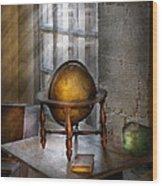 Teacher - Around The World Wood Print