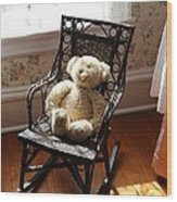 Teddy In Old Fashioned Rocker Wood Print
