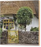 Thatched Cottage House Wood Print