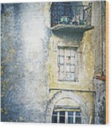 The Balcony Scene Wood Print