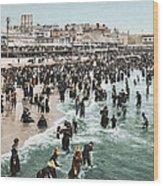 The Beach At Atlantic City 1902 Wood Print