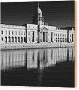 The Custom House Reflected In The River Liffey First Of Dublins Public Buildings Architect Was James Gandon Wood Print
