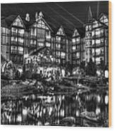 The Inn At Christmas Place Night Wood Print