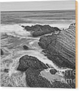 The Jagged Rocks And Cliffs Of Montana De Oro State Park In California In Black And White Wood Print