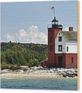 Round Island Lighthouse Mackinac The Picnic Spot Wood Print
