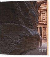 The Siq And Treasury At Petra Wood Print