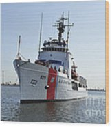 The U.s. Coast Guard Cutter Valiant Wood Print