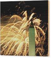 The Washington Monument And Fireworks Wood Print
