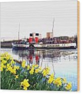 The Waverley Sails Down The River Clyde. Wood Print