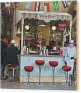 Time Out Snack Bar In Bath England Wood Print