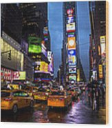 Times Square In The Rain Wood Print by Garry Gay