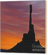 Totem Pole Sunrise Wood Print