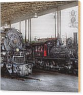 Train - Engine - 1218 - End Of The Line  Wood Print