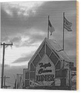 Triple Crown Diner In Black And White Wood Print