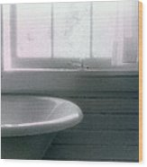 Tub By The Window C2  Wood Print