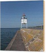 Two Harbors Mn Pier Light 9 Wood Print