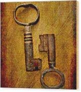 Two Old Keys Wood Print