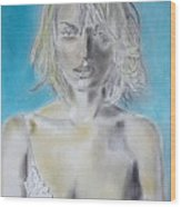 Uma Thurman Portrait Wood Print by Dan Twyman