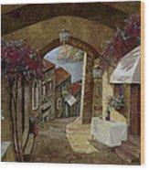 Un Bicchiere Sotto Il Lampione Wood Print by Guido Borelli