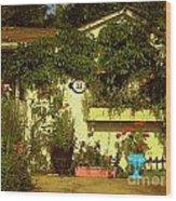 Unionville Summer Home Circa 1880 Wood Print