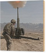 U.s. Army Soldier Fires A 122mm Wood Print