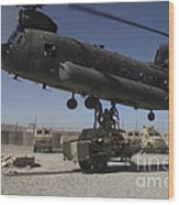 U.s. Soldiers Attach Sling Load Ropes Wood Print
