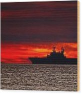 Uss Makin Island At Sunset Wood Print