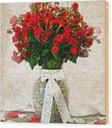 Vase Of Red Roses Wood Print