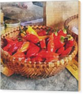 Vegetables - Hot Peppers In Farmers Market Wood Print