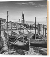 Venice Grand Canal And Goldolas In Black And White Wood Print