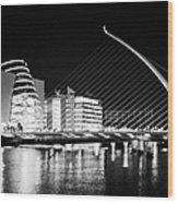 View Of The Samuel Beckett Bridge Over The River Liffey And The Convention Centre Dublin At Night Du Wood Print by Joe Fox