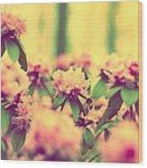Vintage Bumblebee's Bush Wood Print