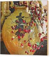 Vintage Ceramic Urn Wood Print by Linda Phelps