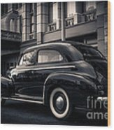 Vintage Chevrolet In 1934 New York City Wood Print
