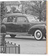 Vintage Lincoln Limo Black N White Wood Print