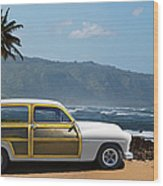 Vintage Woody On Hawaiian Beach Wood Print