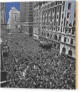 Vj Day Times Square New York City 1945 Color Added 2013 Wood Print