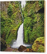 Wahclella Falls In Oregon Wood Print