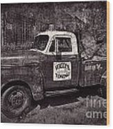 Wally's Towing Bw Wood Print