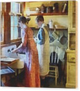 Washing Up After Dinner Wood Print