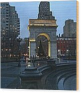 Washington Square In New York At Dusk Wood Print