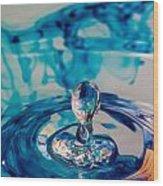 Water Drop In Blu Wood Print