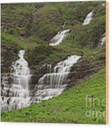 Waterfalls Galore Wood Print