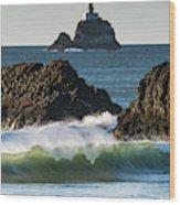Waves Breaking At Ecola State Park Wood Print