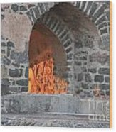 Way To The Fireplace Wood Print
