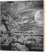 When The Moon Comes Over Da Mountain Wood Print