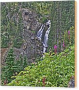 White Pearl Waterfall Vert Wood Print