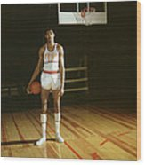 Wilt Chamberlain Stands Tall Wood Print by Retro Images Archive